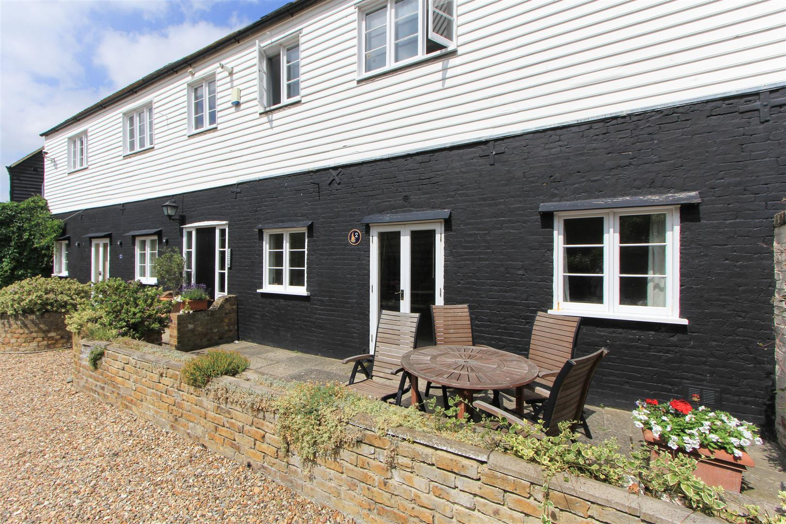 2 Bedrooms Apartment Flat for sale in Sea Street, Whitstable